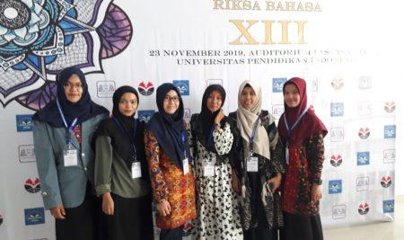 Keikutsertaan Mahasiswa MPBI pada Seminar RIKSA BAHASA XIII di UPI
