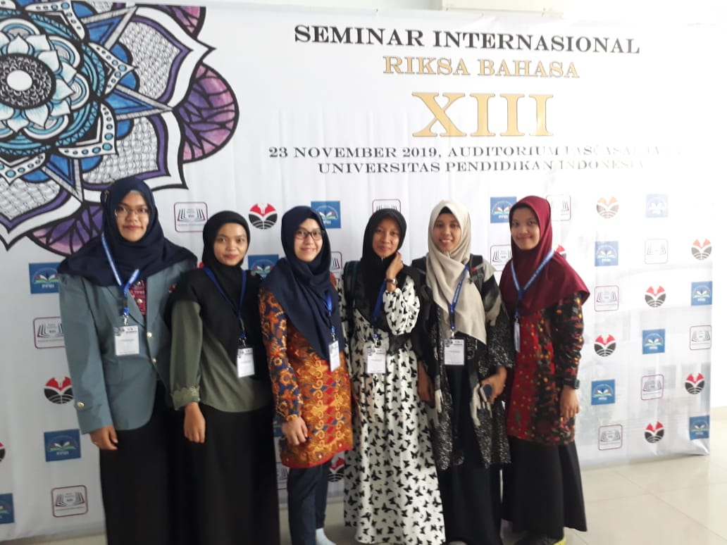 Keikutsertaan Mahasiswa Magister Pendidikan Basindo pada Seminar RIKSA BAHASA XIII di UPI